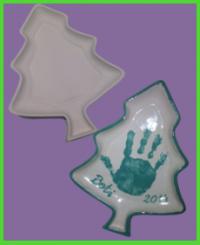 Fenyő formájú tányér <br/>(22 cm)